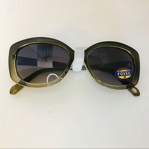 Authentic Fossil Brand Green Sunglasses NWT